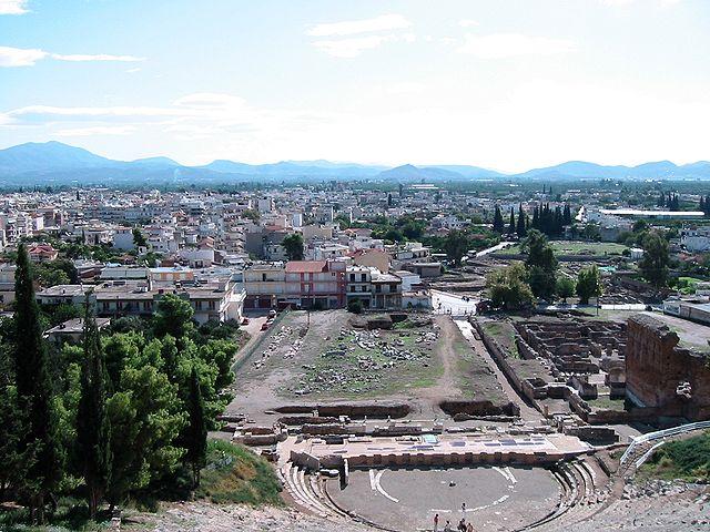 Современный и древний Аргос на одном снимке