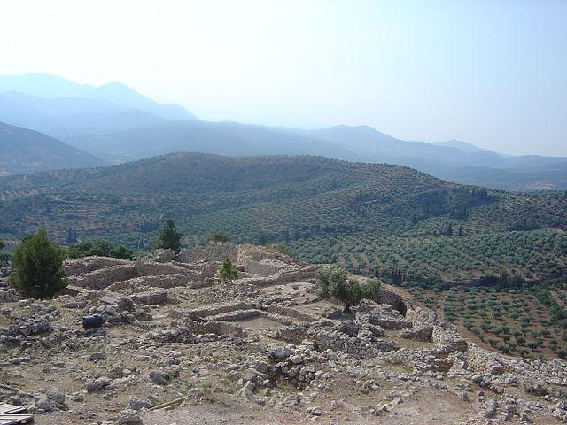 Руины города Микены («стены циклопов»)