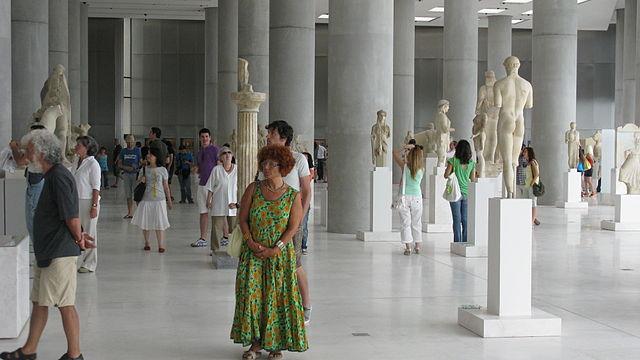 Интерьер Нового музея Акрополя